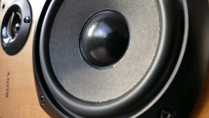 The Benefits of Getting Speakers On Rent